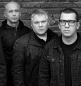 Группа «Смысловые Галлюцинации» представила концертное видео на песню «Чёрная».