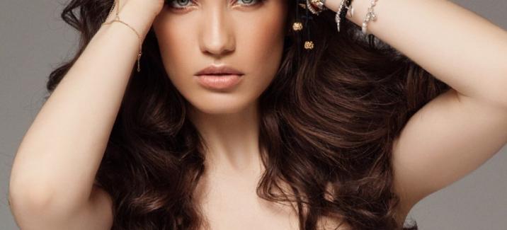 Виктория Дайнеко представила новый клип «Бей Себя»