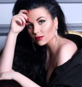 Галия Ахматова представила новую коллекцию платьев