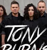 Группа Tony Burns спела советский хит «Весёлые ребята»