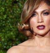 Jennifer Lopez представила новый клип «First Love»