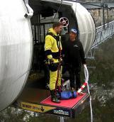 Саша T-Killah пригнул с самого высокого подвесного моста в мире